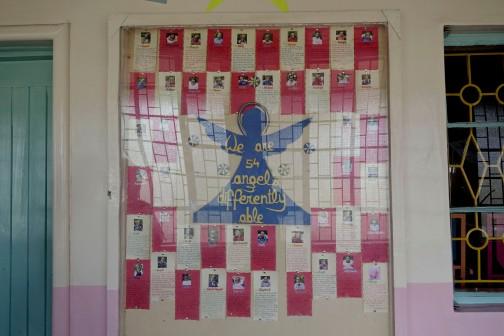 54 angeli accolti nell'orfanotrofio delle suore di Madre Teresa. Cario Bangi